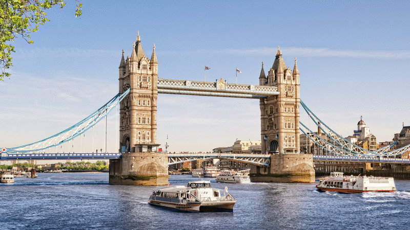 How to Book Cheap Flights to london with American Airlines ?